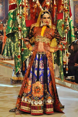 #pantenebridalcoutureweek2013 #bridalcouture Complete Collection - Photo 30: Ali Xeeshan PBCW 2013 Collection,