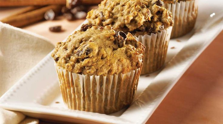 Muffins au son, aux carottes et aux raisins