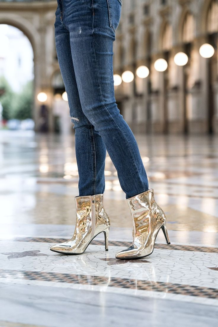 502531edf327 How To Wear Metallic Boots To Every Occasion
