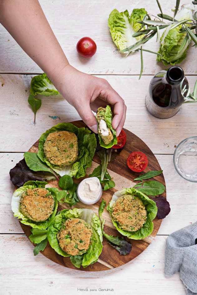 Hamburguesas veganas de quinoa y garbanzos