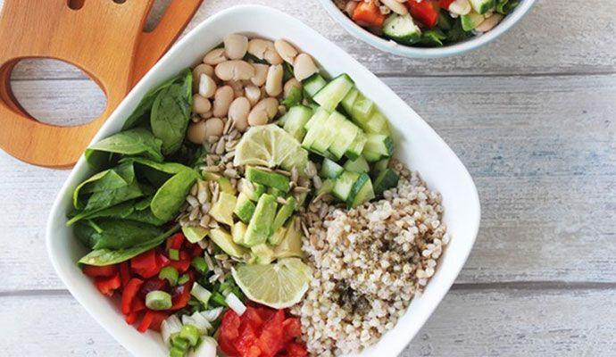 gezonde regenboog salade