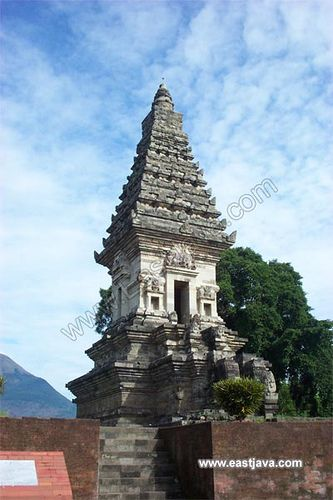 Jawi Temple - Pasuruan - East Java by eastjava.com, via Flickr