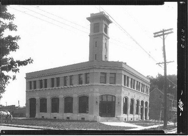 Poste de Police (27 juin 1931)