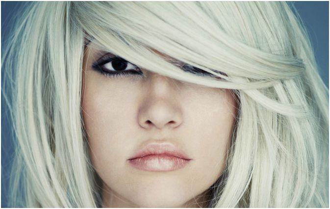 Is your hair after bleaching totally colorless? expertadvice http://www.beautyjournaal.nl/2014/03/11/na-het-verven-mijn-haar-kapot-hoe-komt-dit-goed/