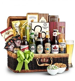 This American IPA Beer Basket features your favorite domestic IPA beers. Available from Arttowngifts.com.