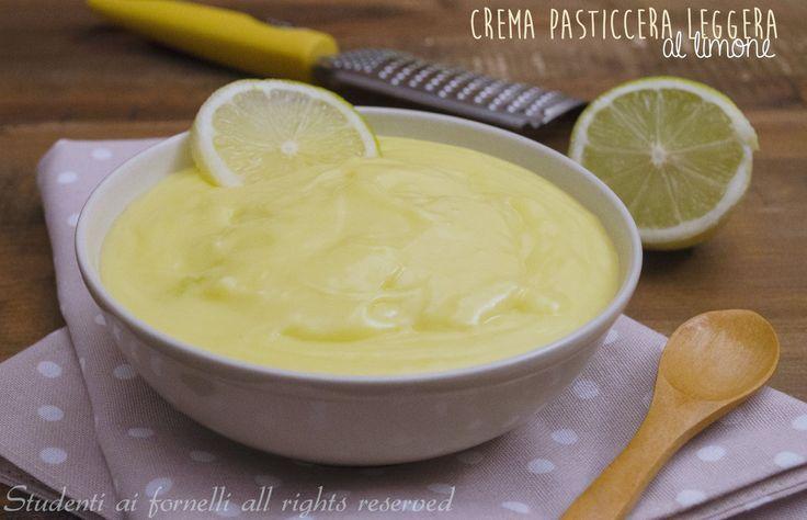 Crema leggera al limone per torte, crostate, bignè, biscotti http://blog.giallozafferano.it/studentiaifornelli/crema-leggera-al-limone-ricetta/