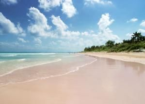 Bahama Mama! Tips and Info for Booking Your Bahamas Vacation: Pink Sands Beach on Harbour Island, Bahamas, one of the best beaches in the Caribbean.