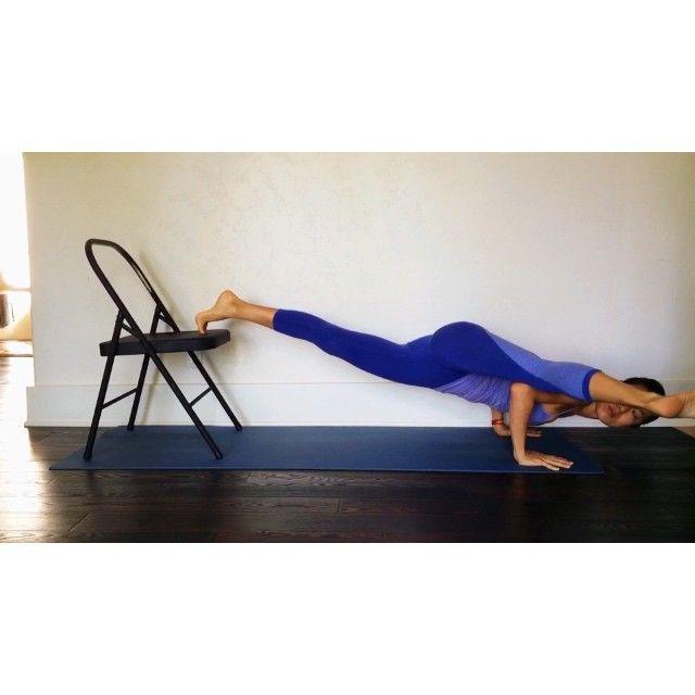 Part 3 of 3 to prep for eka pada koundinyasana 2 on the chair: Straighten side leg! Difficulty level: 💪🏽 #ekapadakoundinyasana #yoga #yogatherapy #yogaeverydamnday #practiceandalliscoming #practicedaily #yogavideo #yogapractice #chairyoga #yogaprops #iyengaryoga #iyengar #yogaforeverybody #fitfluential #instayoga #yogateacher #yogagirl  #yogagram #silverlake