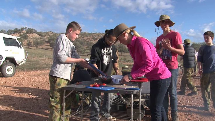 Camel Treks Australia / School Camps