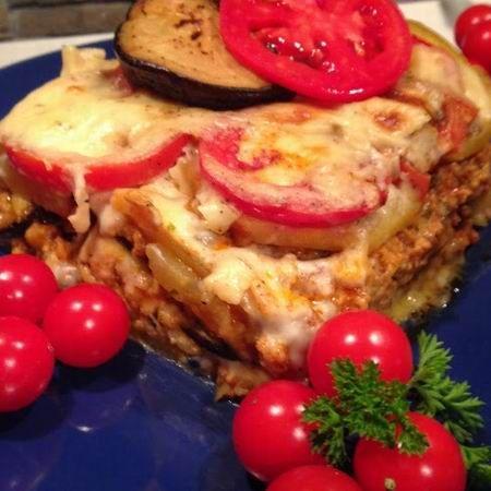 Egy finom Muszaka (görög rakott padlizsán) ebédre vagy vacsorára? Muszaka (görög rakott padlizsán) Receptek a Mindmegette.hu Recept gyűjteményében!