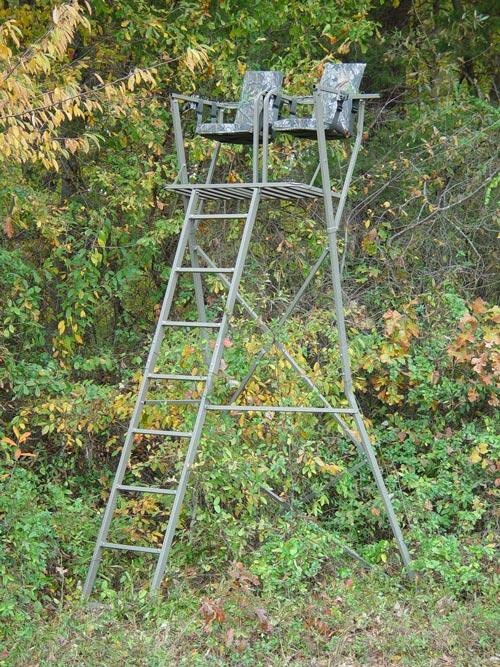 423 best images about tree stands ground blinds on for Deer hunting platforms