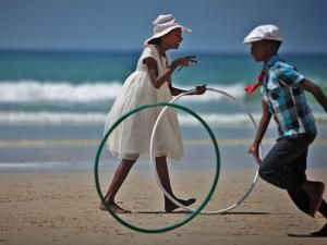 Hooping Spins the News in South Africa: http://www.hooping.org/2012/07/hooping-spins-the-news-in-south-africa/