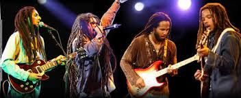 "Musik reggae indonesia terbaru- Musik reggae indonesia terbaru[/caption] Musik reggae indonesia terbaru,Reggae merupakan salah satu aliran musik. Tokoh yang populer dalam dunia reggae adalah Bob Marley. Selain Bob Marley dan Jamaika, rambut gimbal atau yang biasa disebut ""dreadlocks"" menjadi titik perhatian fenomena reggae. P...-http://musikmagz.com/musik-reggae-indonesia-terbaru.html"