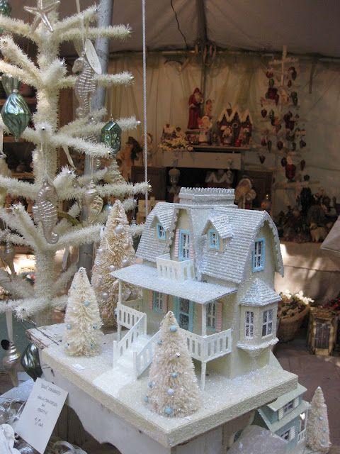 .Little Christmas Houses