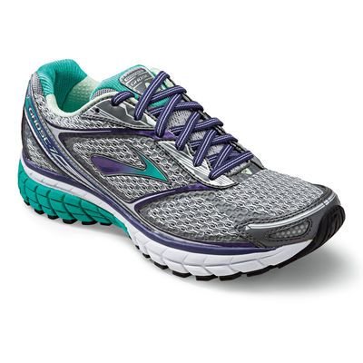 Brooks Ghost 7: the newest version of our award-winning women's neutral road running shoe. My new favorite tennis shoe!!