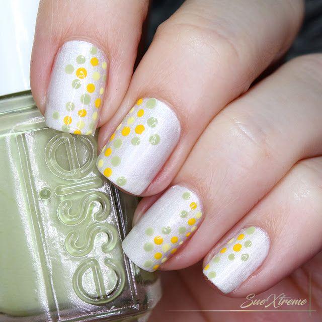 Nail Art, Reto de puntos, Essie, Manicura, Blanco, verde y amarillo. #suextreme