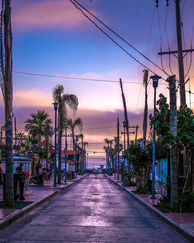 #Rosarito sunsets!😉 #BajaCalifornia #DiscoverBaja #DescubreBC #FelizMiercoles #HappyWednesday #Summer #Verano #Beach #Playa #Baja 📸xsxixdx