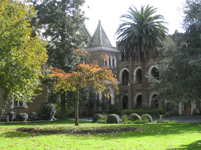 Loreto College - Sturt Street, Ballarat by raaen99, via Flickr