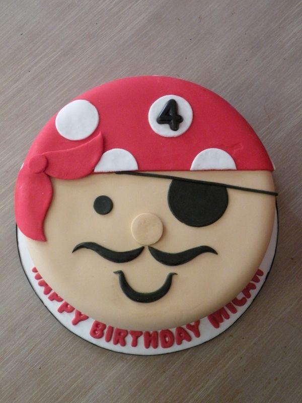 PIRATE PARTY. Un gâteau de pirate pour fêter les 4 ans d'un petit garçon !