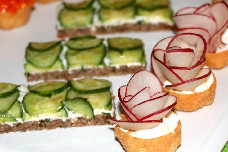 20 best alice in wonderland party images on pinterest for Canape menu ideas