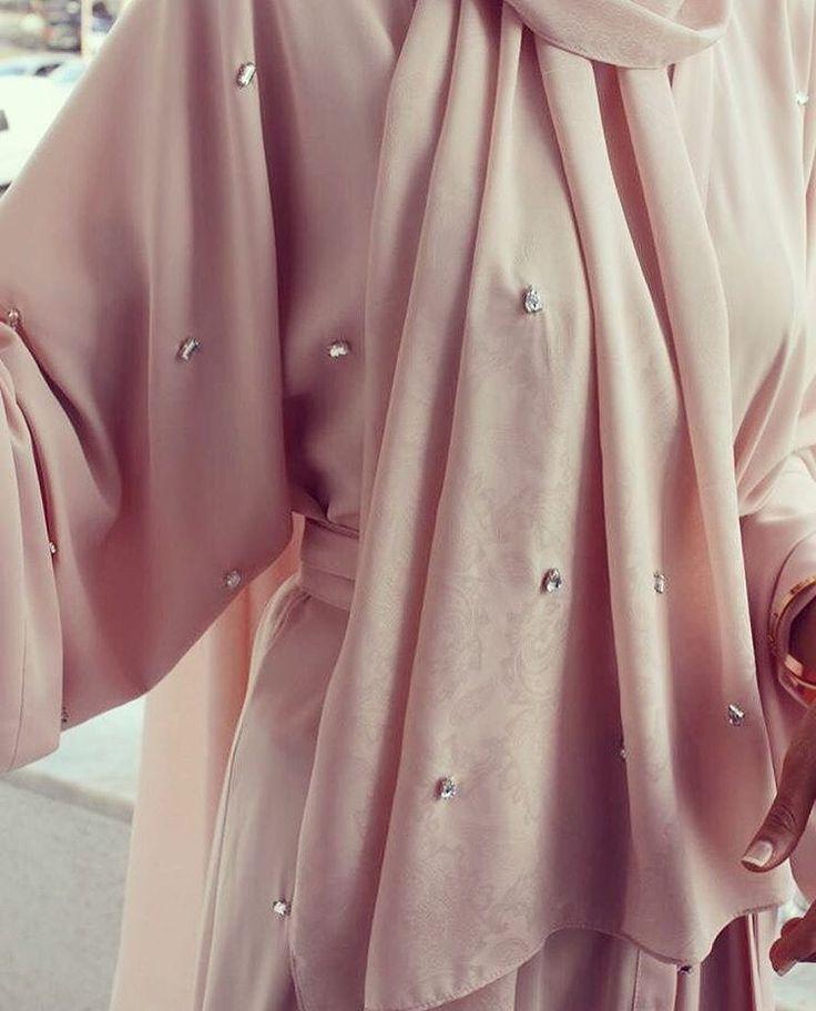 IG: Roaadesign || Abaya Fashion || IG: Beautiifulinblack