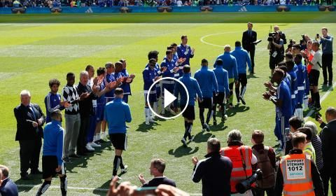 Football Highlights from English Premier League: Chelsea FC vs Leicester City Match result: Chelsea FC 1 -1 Leicester City Played on: May 15, 2016 Ven...