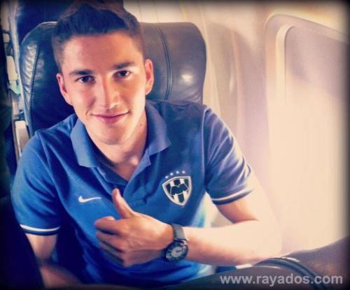 Desde el avión Hiram Mier te manda un saludo ¡Rayados ya llegó a Guadalajara!