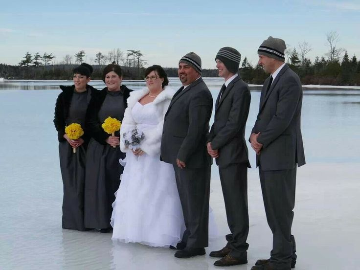 The chilly wedding party.