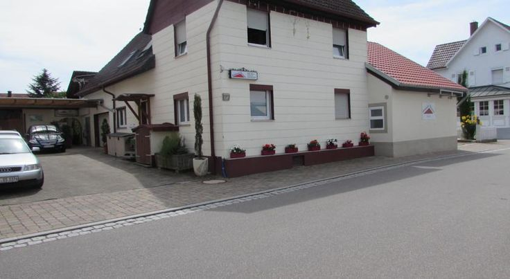 Gästehaus Stramka Rust This guest house in Rust is only a 5-minute walk from the Europa Park theme park.  Enjoy a hearty breakfast buffet, included in your room price, before heading out.