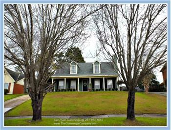 6604 Cherry Pointe Ct, Mobile, AL 36695 - Presented by Kelly Cummings & Ryan Cummings (Listed by The Cummings Company)