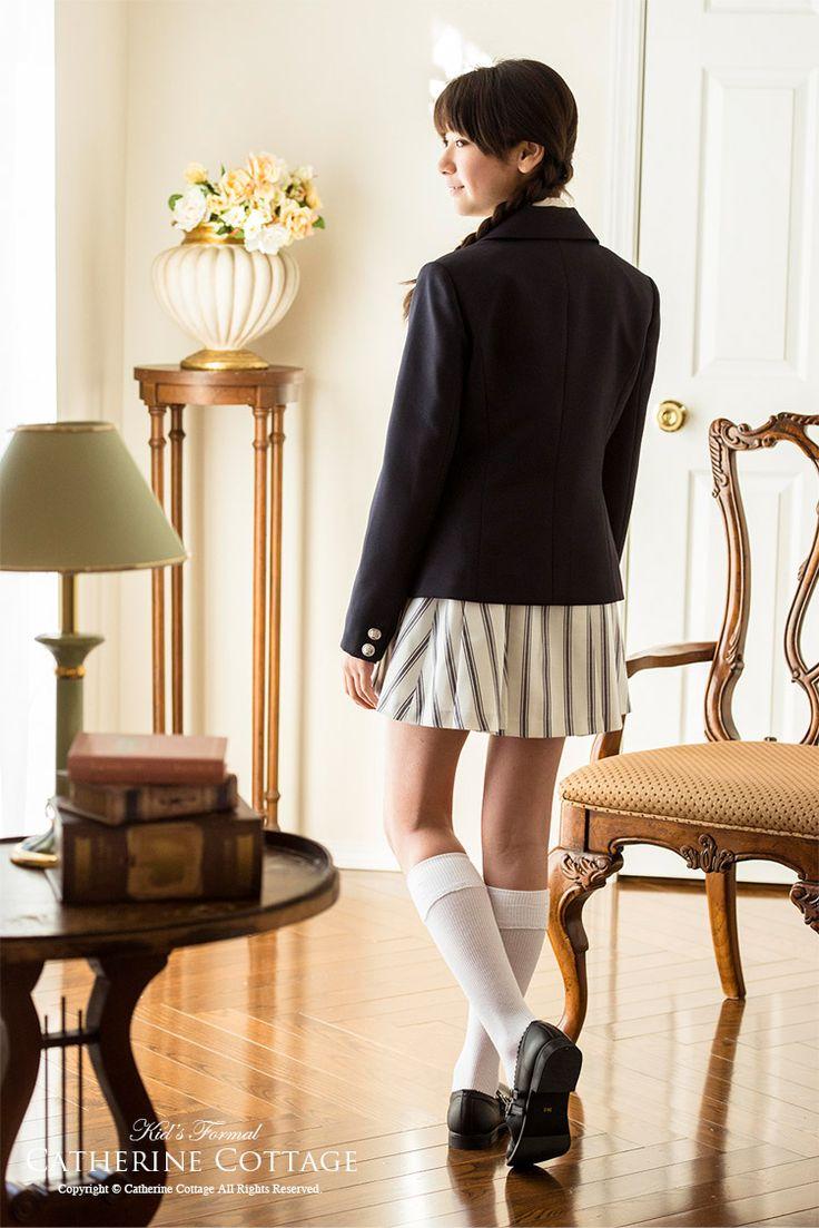 入学式 卒業式 子供スーツ 4点スーツセット[ジャケット/ブラウス/スカート/リボン] 女の子 卒業式 入学式 発表会 フォーマル 女児スーツ