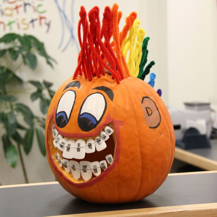 this pumpkin has braces and a mohawk halloween pumpkin decorating - Halloween Pumpkin Decoration
