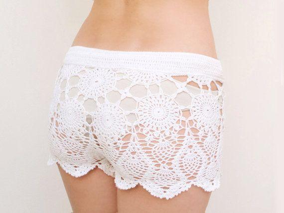 Crochet beach shorts in cotton