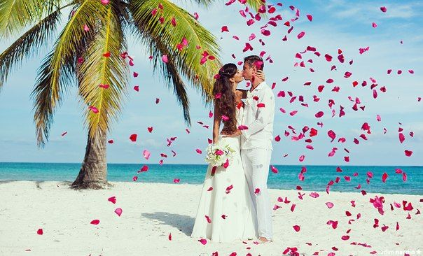 Свадебная церемония на пляже Кап Кана