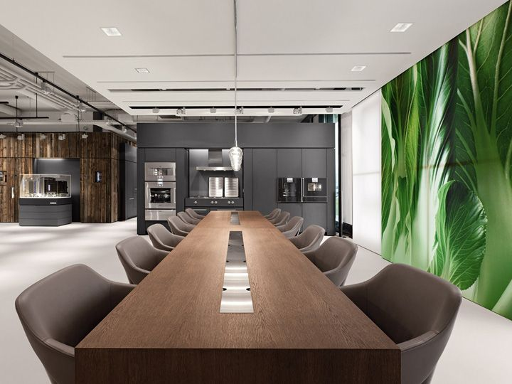 Open conference room in love with the table design for Meeting room interior design ideas