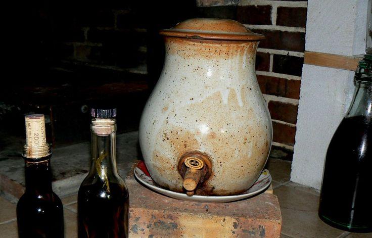 Fabrication du vinaigre de vin, pensez à l'aromatiser