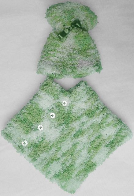 Ravelry: NanniClover's Fluffy Candy-Floss White & Green Baby Poncho &…