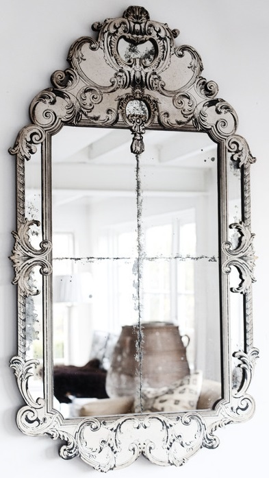 Koket love happens venetian mirror