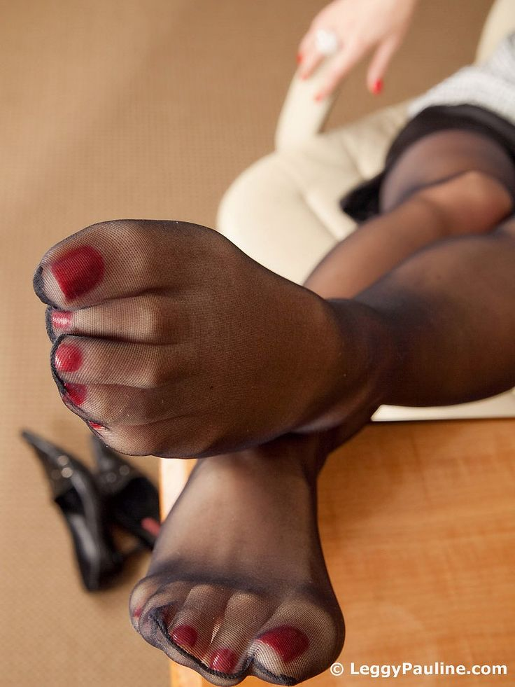black-knights-sexy-feet