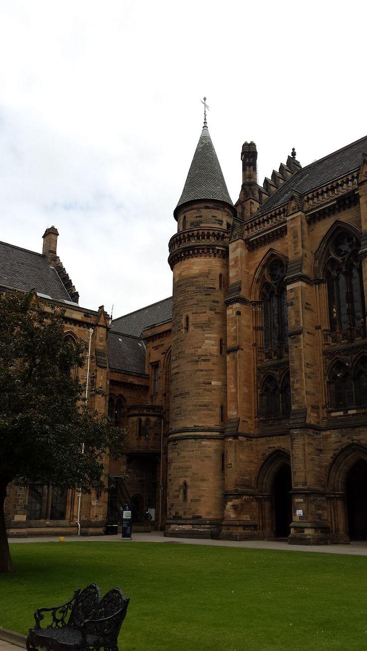 Glasgow University in Glasgow, Scotland © Enriching My Soul