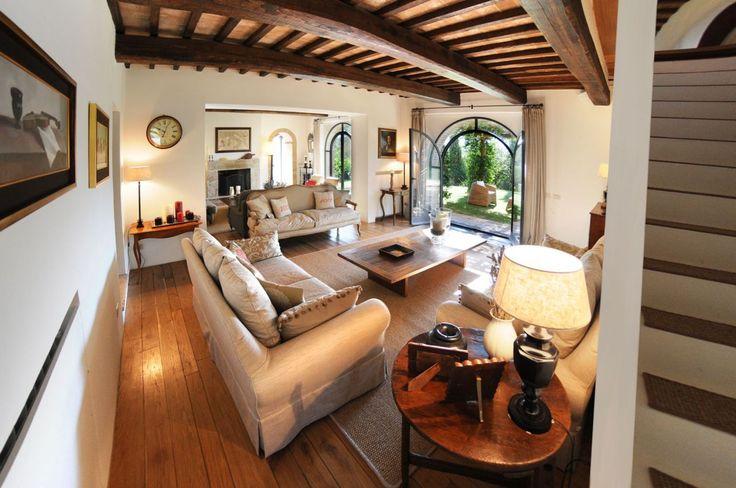 Купить особняк в Сиене, Италия - цена 110 348 396 рублей, 420 м2, 3 этажа — Prian.ru