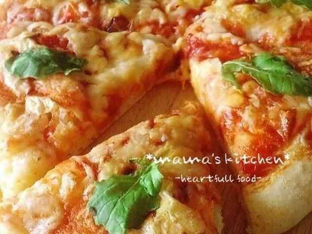 簡単発酵なし♪20分でサクッフワパンピザの画像