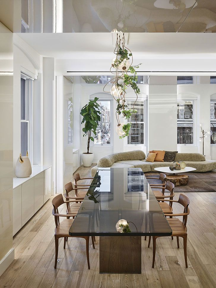 Stylish Apartment In A Legendary Building In New York Photos Ideas Design Stylish Apartment New York Homes Apartment