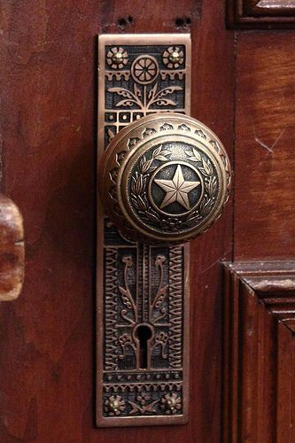 Doorknob into the Governor's Public Reception Room, Texas Capitol in Austin, photo by glenaa