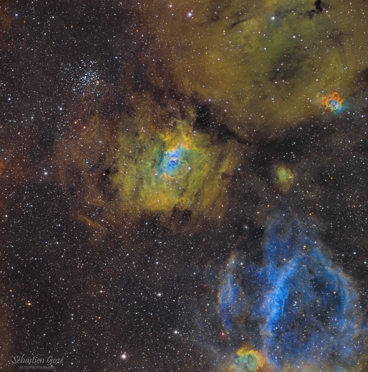 NGC7635 Bubble in a Cosmic Sea. Tiny blue bubble in centre of pic.  Astronomy Picture of the Day 23 Nov 2016