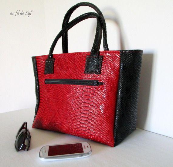 1000 id es sur le th me sac main rouge sur pinterest sacs main marrons sacs main et. Black Bedroom Furniture Sets. Home Design Ideas