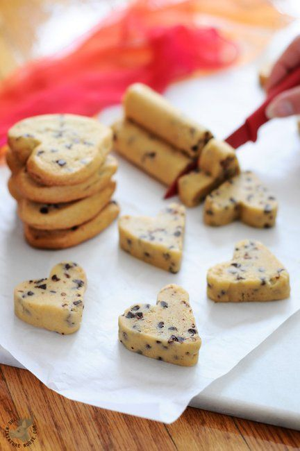 Heart Shaped Cookies the Easy Way! No rolling pins or cookie cutters, just lovely heart shaped cookies!
