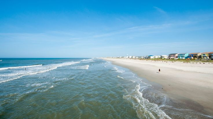 The Best Beach Resorts in North Carolina | Where North Carolina and the Atlantic meet, 300 miles of pale sand line the water's edge to create a vacationer's heaven on Earth. Here, we've rounded up the best beach resorts and hotels this peaceful paradise has to offer.