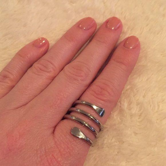 NWT Lia Sophia spiral ring Brand new! Lia Sophia Jewelry Rings