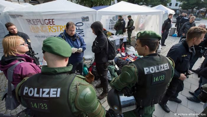 Christians 'Frequently' Suffer 'Injuries and Threats of Death' in German Asylum Centres ByPAMELA GELLER on January 17, 2016 - See more at: http://pamelageller.com/2016/01/christians-frequently-suffer-injuries-and-threats-of-death-in-german-asylum-centres.html/#sthash.0rF46c0X.dpuf  German police migrant camp